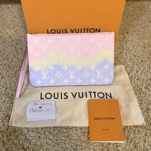 Louis Vuitton Escale Pastel Neverfull Pouch